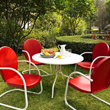 4 Retro Lawn Chairs for $319(Table sold sepertely)