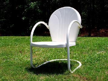White Retro Metal Lawn Chair $95